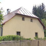 Hütte am Bach